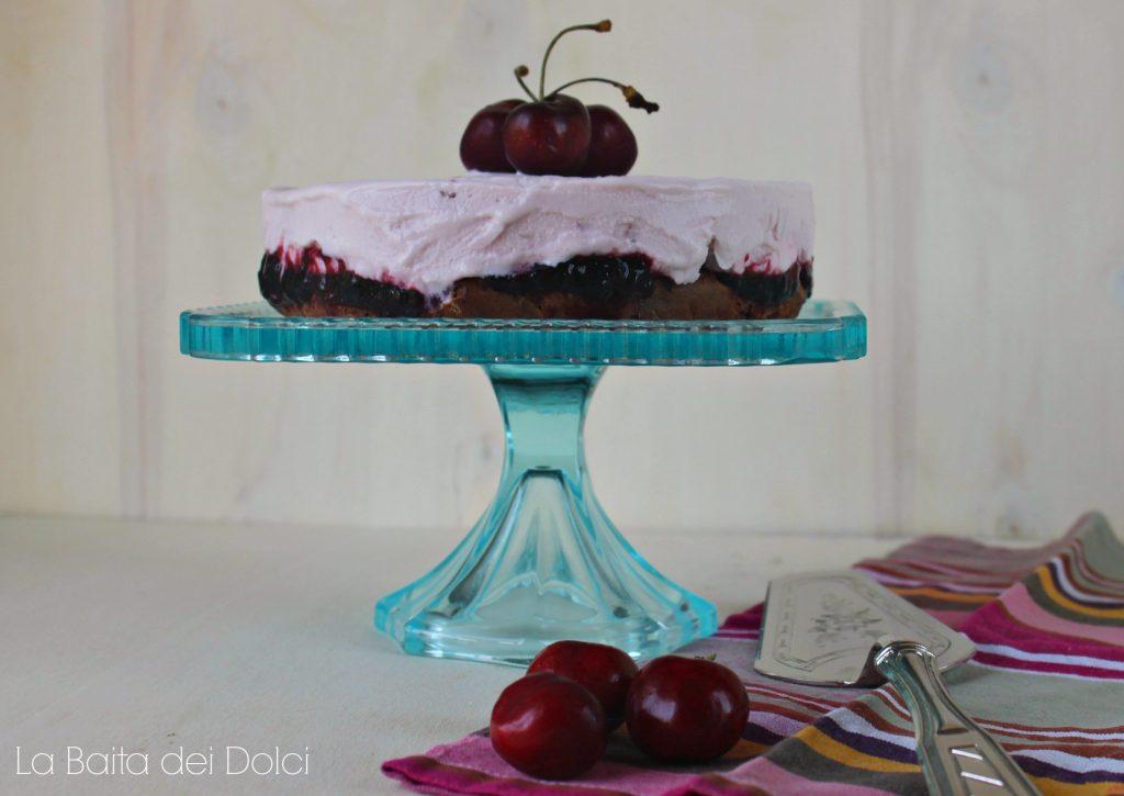 Torta gelato cioccolato e ciliegie