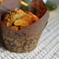 Muffin allo sciroppo d'arancia e mandorle