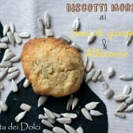 Biscotti morbidi ai semi di girasole e albicocca