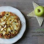 Crostata con marzapane al pistacchio e mele