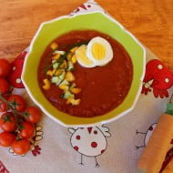 Gazpacho con pomodori, cetrioli e peperoni