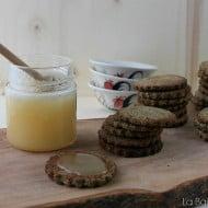 Frollini al grano saraceno con miele
