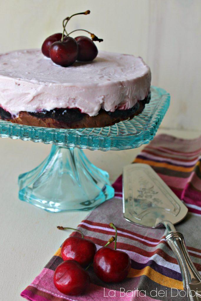 Torta gelato cioccolato e ciliegie 1