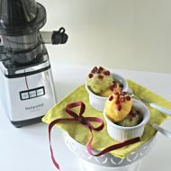 Sorbetto bicolore al kiwi e ananas profumato allo zenzero e rum